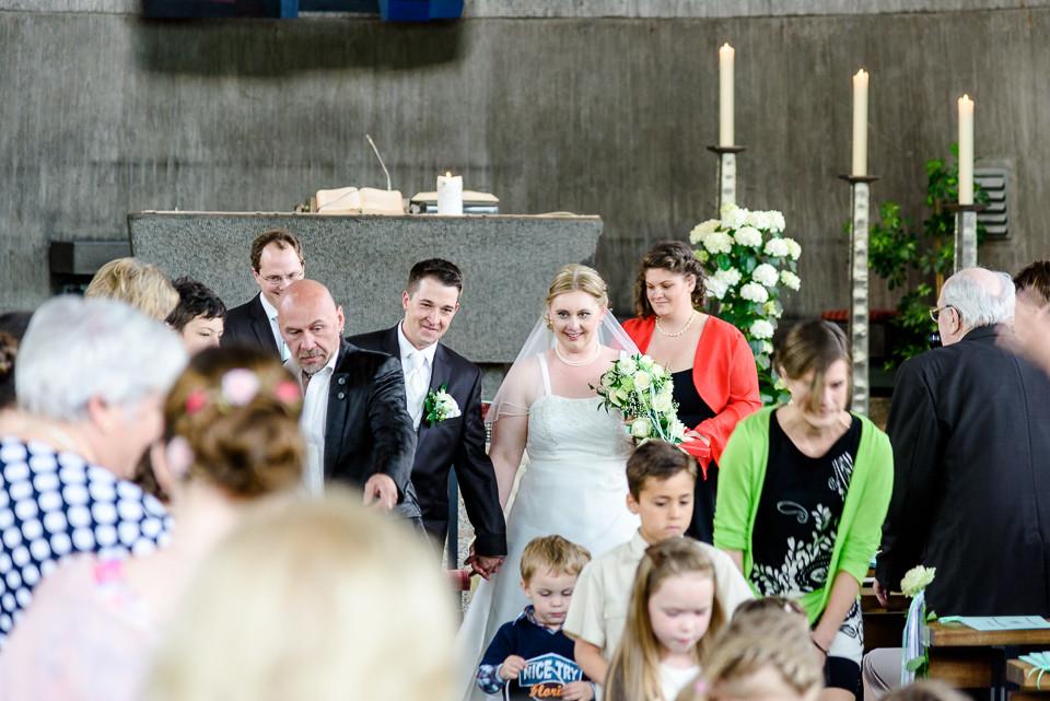 Hochzeitsfotograf_Roger_Rachel_2015_Schwetzingen-Schlosspark-fröhlich-ungestellt_Hochzeitsfotos_natuerlich_froehlich_ungestellt_35.jpg