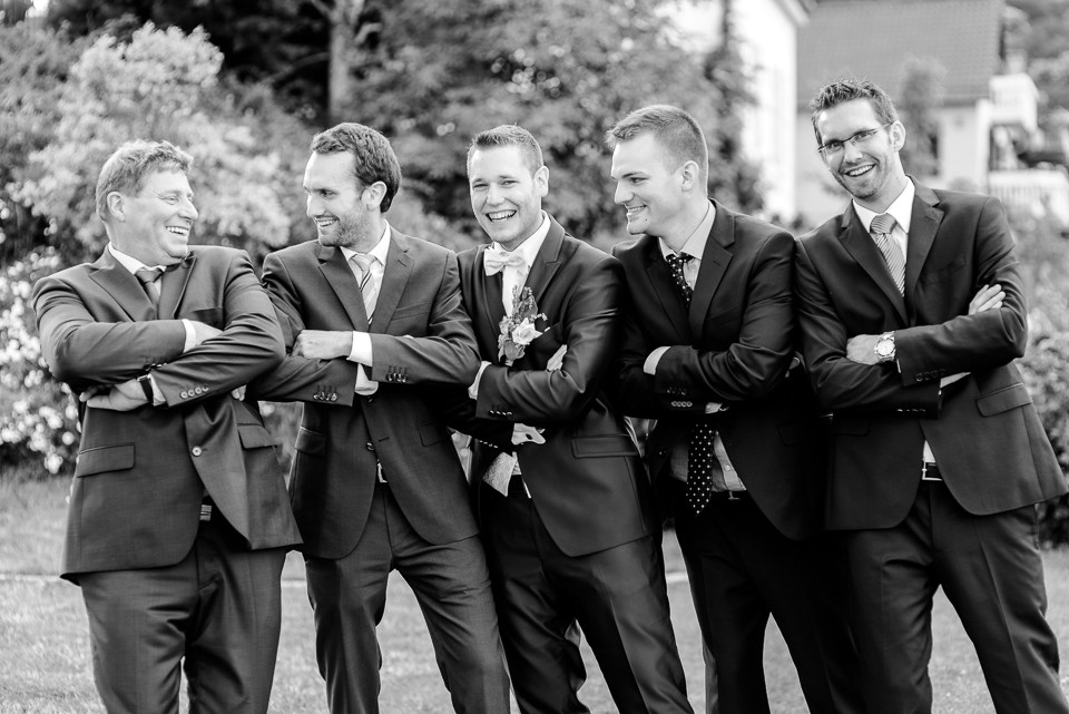 Hochzeitsfotograf Roger Rachel 2015 Pfalz-Neustadt-Gimmeldingen-Netts Restaurant und Landhaus-freie Trauung-romantisch Hochzeitsfotos natuerlich froehlich ungestellt 58.jpg