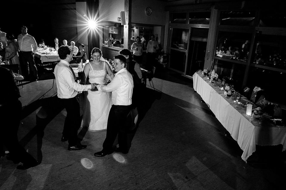 Hochzeitsfotograf_Roger_Rachel_2015_Schwetzingen-Schlosspark-fröhlich-ungestellt_Hochzeitsfotos_natuerlich_froehlich_ungestellt_49.jpg