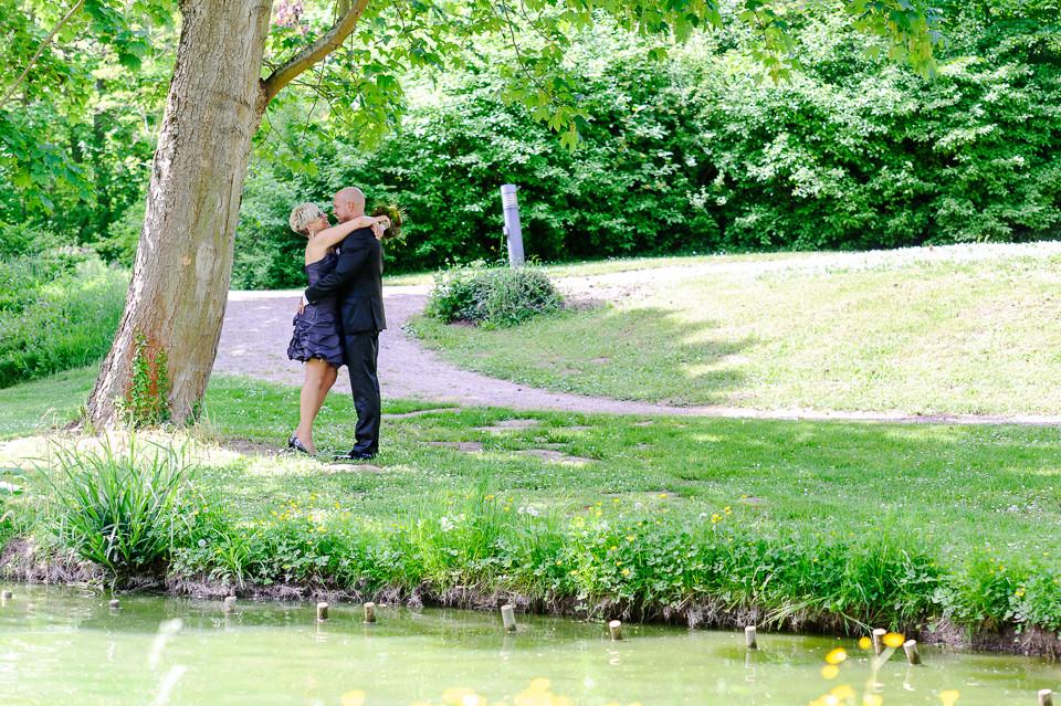 Roger Rachel Fotografie 2015-Hochzeitsfotograf Pfalz Dirmstein Schlosspark-007.j