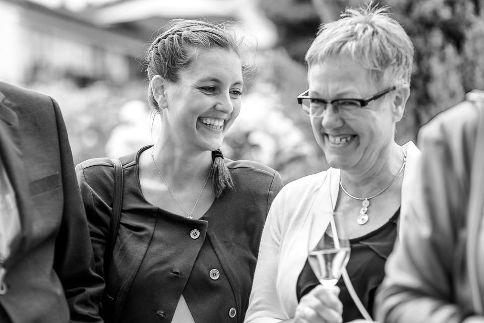 Hochzeitsfotograf Roger Rachel 2015 Pfalz-Neustadt-Gimmeldingen-Netts Restaurant und Landhaus-freie Trauung-romantisch Hochzeitsfotos natuerlich froehlich ungestellt 53.jpg