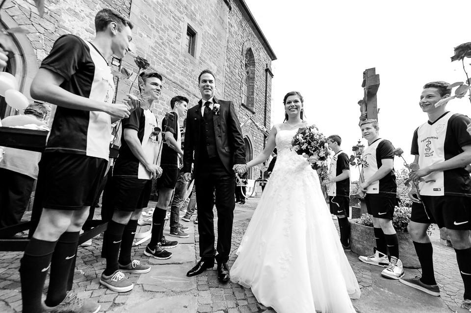 Hochzeitsfotograf_Roger_Rachel_2015_Pfalz-Forst-Deidesheim-fröhlich-romantisch_Hochzeitsfotos_natuerlich_froehlich_ungestellt_37.jpg