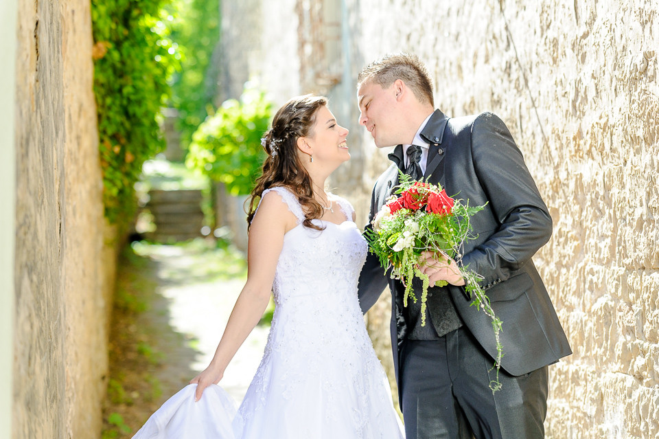 Hochzeitsfotograf_Roger_Rachel_2015_Pfalz-Forst-Deidesheim-fröhlich-romantisch_Hochzeitsfotos_natuerlich_froehlich_ungestellt_09.jpg