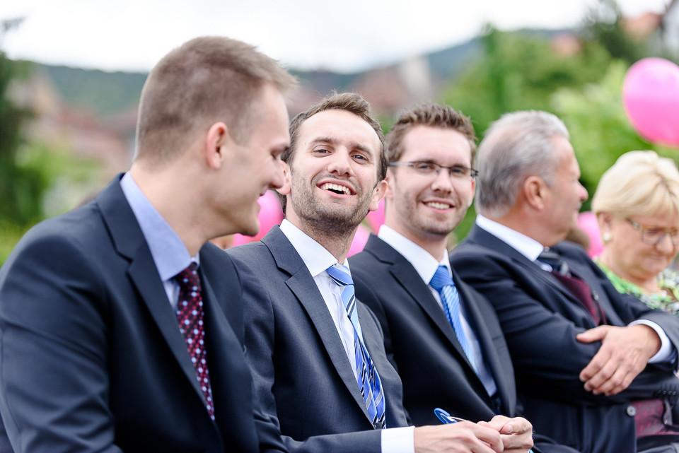 Hochzeitsfotograf Roger Rachel 2015 Pfalz-Neustadt-Gimmeldingen-Netts Restaurant und Landhaus-freie Trauung-romantisch Hochzeitsfotos natuerlich froehlich ungestellt 38.jpg