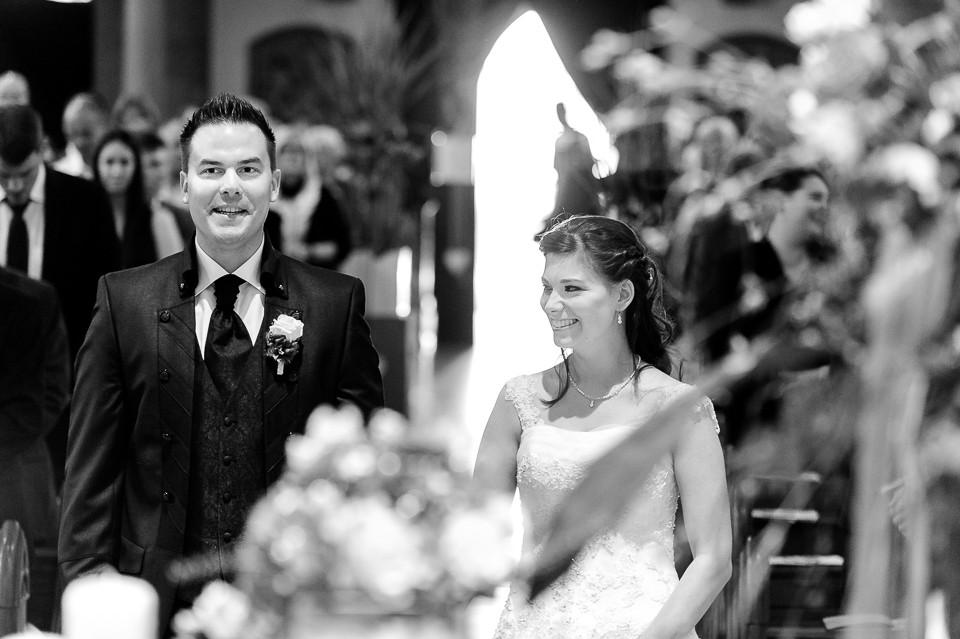 Hochzeitsfotograf_Roger_Rachel_2015_Pfalz-Forst-Deidesheim-fröhlich-romantisch_Hochzeitsfotos_natuerlich_froehlich_ungestellt_29.jpg