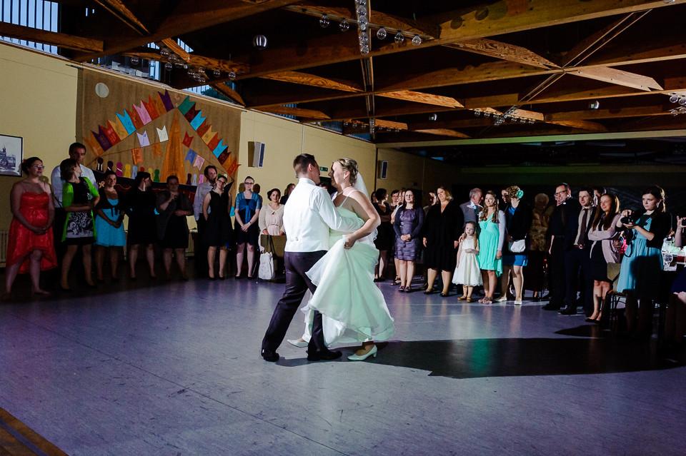 Hochzeitsfotograf_Roger_Rachel_2015_Schwetzingen-Schlosspark-fröhlich-ungestellt_Hochzeitsfotos_natuerlich_froehlich_ungestellt_42.jpg