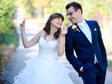 Lisa und Felix feiern Hochzeit auf dem Hambacher Schloß Neustadt