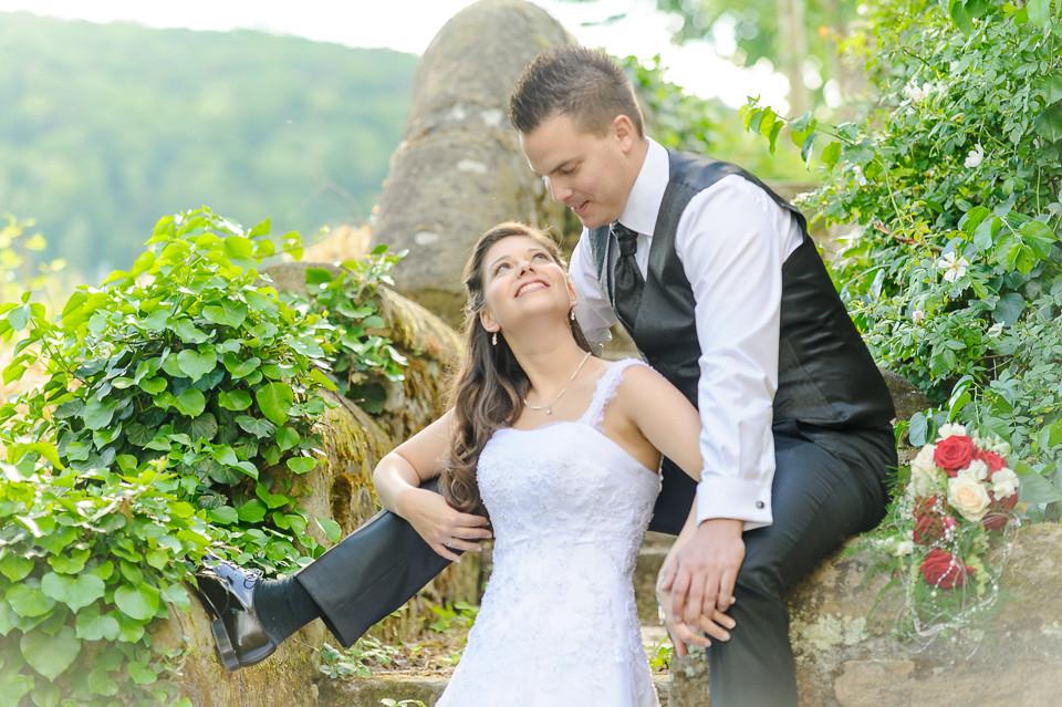 Hochzeitsfotograf_Roger_Rachel_2015_Pfalz-Forst-Deidesheim-fröhlich-romantisch_Hochzeitsfotos_natuerlich_froehlich_ungestellt_10.jpg
