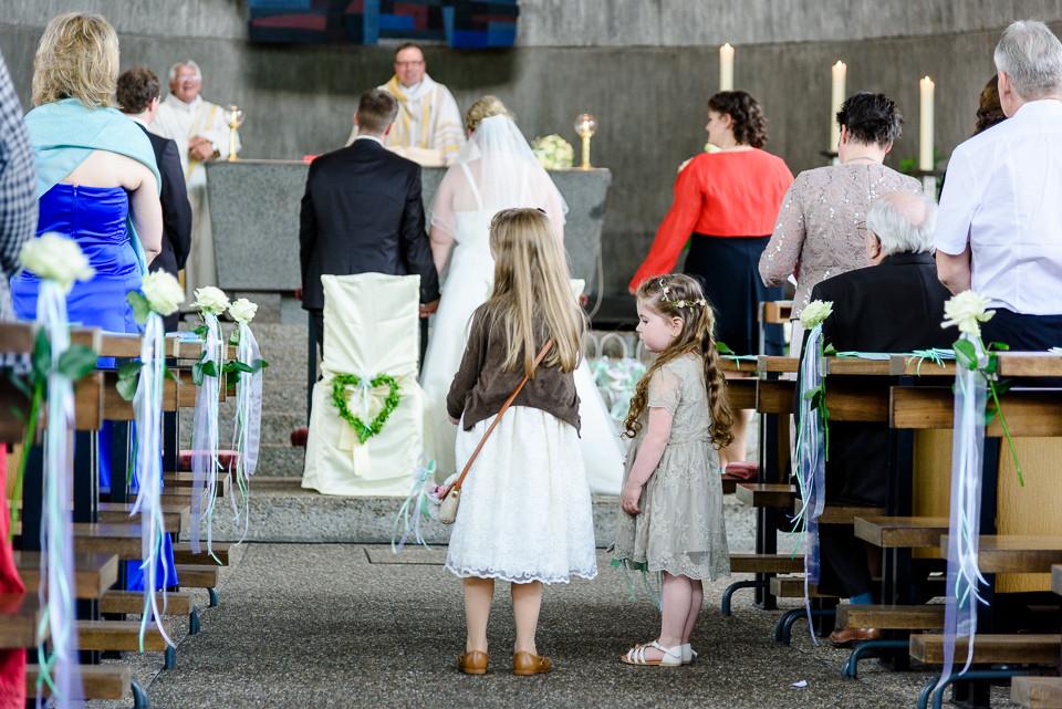 Hochzeitsfotograf_Roger_Rachel_2015_Schwetzingen-Schlosspark-fröhlich-ungestellt_Hochzeitsfotos_natuerlich_froehlich_ungestellt_34.jpg