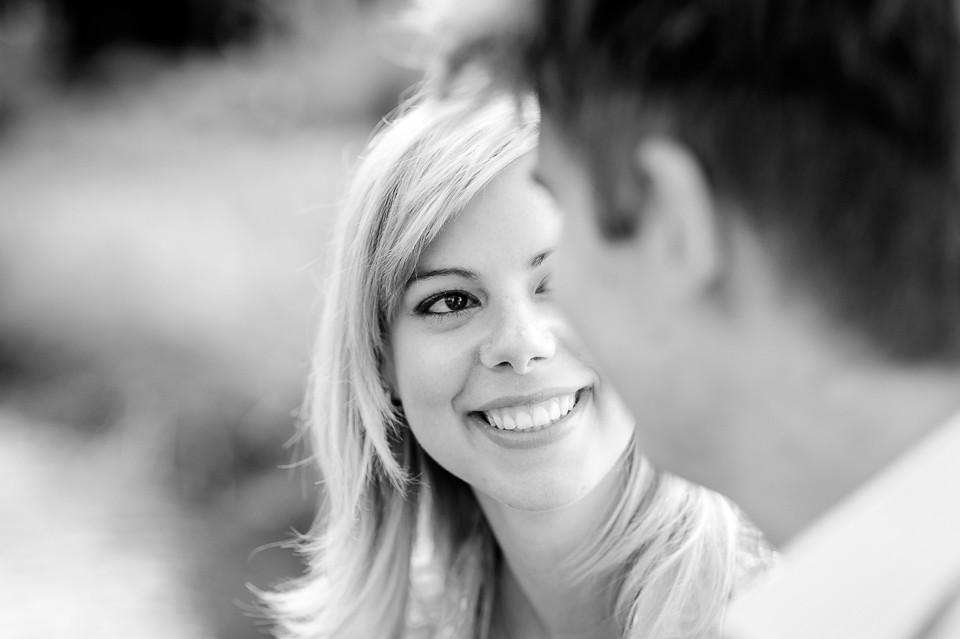 Hochzeitsfotograf_Roger_Rachel_2015_Bad_Dürkheim-fröhlich-_Hochzeitsfotos_natuerlich_froehlich_ungestellt_02.jpg