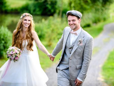 Luise und Andreas feiern Hochzeit auf dem Gut Hühnerhof in Gründau