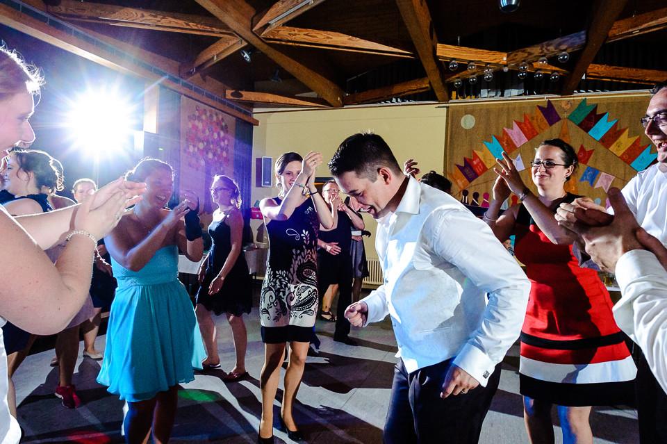 Hochzeitsfotograf_Roger_Rachel_2015_Schwetzingen-Schlosspark-fröhlich-ungestellt_Hochzeitsfotos_natuerlich_froehlich_ungestellt_50.jpg