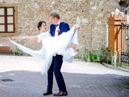 Steffi und Patrick feiern Hochzeit auf dem Weingut Boudier & Koeller in Stetten