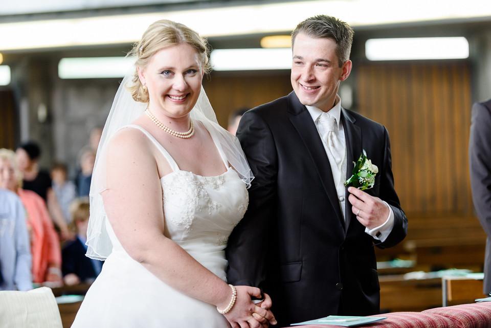 Hochzeitsfotograf_Roger_Rachel_2015_Schwetzingen-Schlosspark-fröhlich-ungestellt_Hochzeitsfotos_natuerlich_froehlich_ungestellt_23.jpg