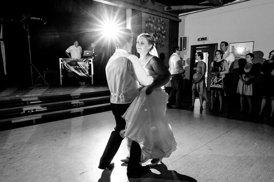 Hochzeitsfotograf_Roger_Rachel_2015_Schwetzingen-Schlosspark-fröhlich-ungestellt_Hochzeitsfotos_natuerlich_froehlich_ungestellt_43.jpg