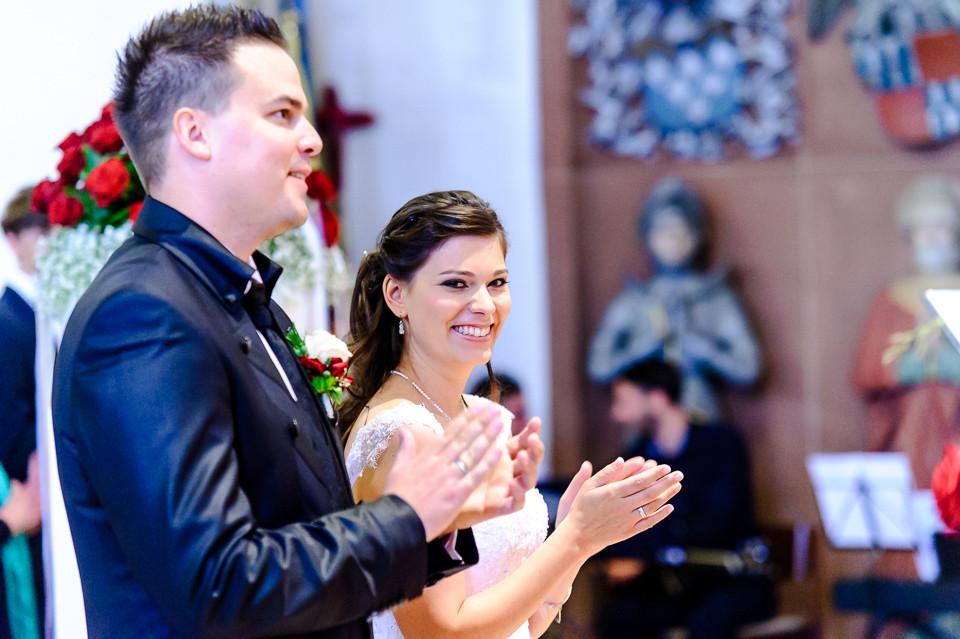 Hochzeitsfotograf_Roger_Rachel_2015_Pfalz-Forst-Deidesheim-fröhlich-romantisch_Hochzeitsfotos_natuerlich_froehlich_ungestellt_35.jpg
