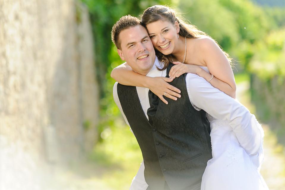 Hochzeitsfotograf_Roger_Rachel_2015_Pfalz-Forst-Deidesheim-fröhlich-romantisch_Hochzeitsfotos_natuerlich_froehlich_ungestellt_02.jpg