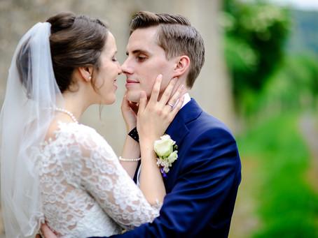Anna und Antonio feiern Hochzeit bei Netts Restaurant in Gimmeldingen