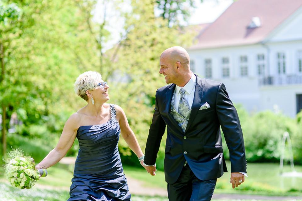 Roger Rachel Fotografie 2015-Hochzeitsfotograf Pfalz Dirmstein Schlosspark-001.j