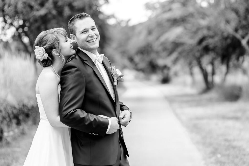 Hochzeitsfotograf Roger Rachel 2015 Pfalz-Neustadt-Gimmeldingen-Netts Restaurant und Landhaus-freie Trauung-romantisch Hochzeitsfotos natuerlich froehlich ungestellt 05.jpg