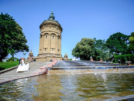 Kristina und Dennis feiern Hochzeit im Green Garden Luisenpark Mannheim
