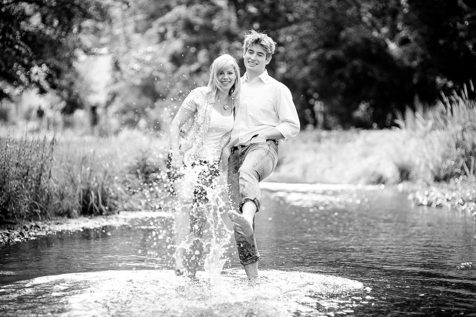 Hochzeitsfotograf_Roger_Rachel_2015_Bad_Dürkheim-fröhlich-_Hochzeitsfotos_natuerlich_froehlich_ungestellt_06.jpg