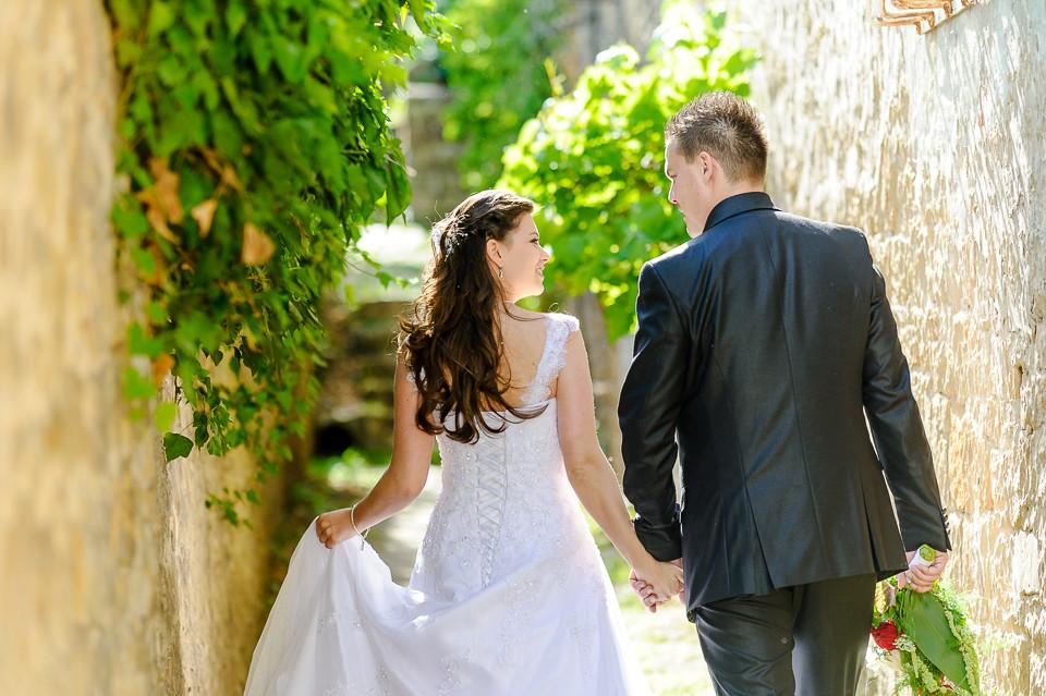 Hochzeitsfotograf_Roger_Rachel_2015_Pfalz-Forst-Deidesheim-fröhlich-romantisch_Hochzeitsfotos_natuerlich_froehlich_ungestellt_22.jpg
