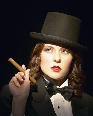 Cabaret Attrice Lunga