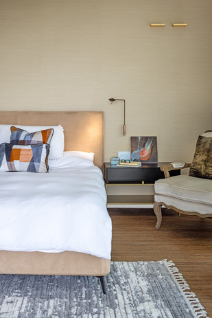 מגדלי  בלו דירת יוקרה חדר שינה מפנק יוקרתי טקסטיל