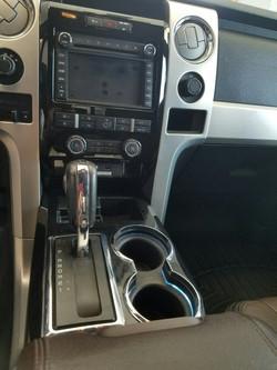 2011 Platinum 4x4 Ford Truck