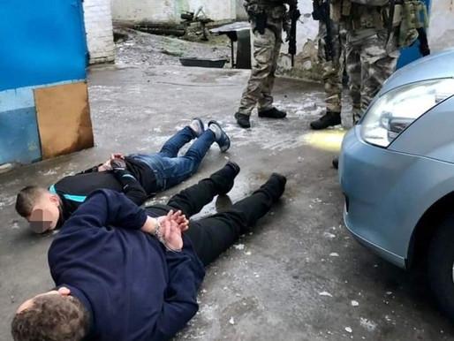 На Білоцерківщині у результаті спецоперації  затримано озброєних нападників на поліцейських (відео)
