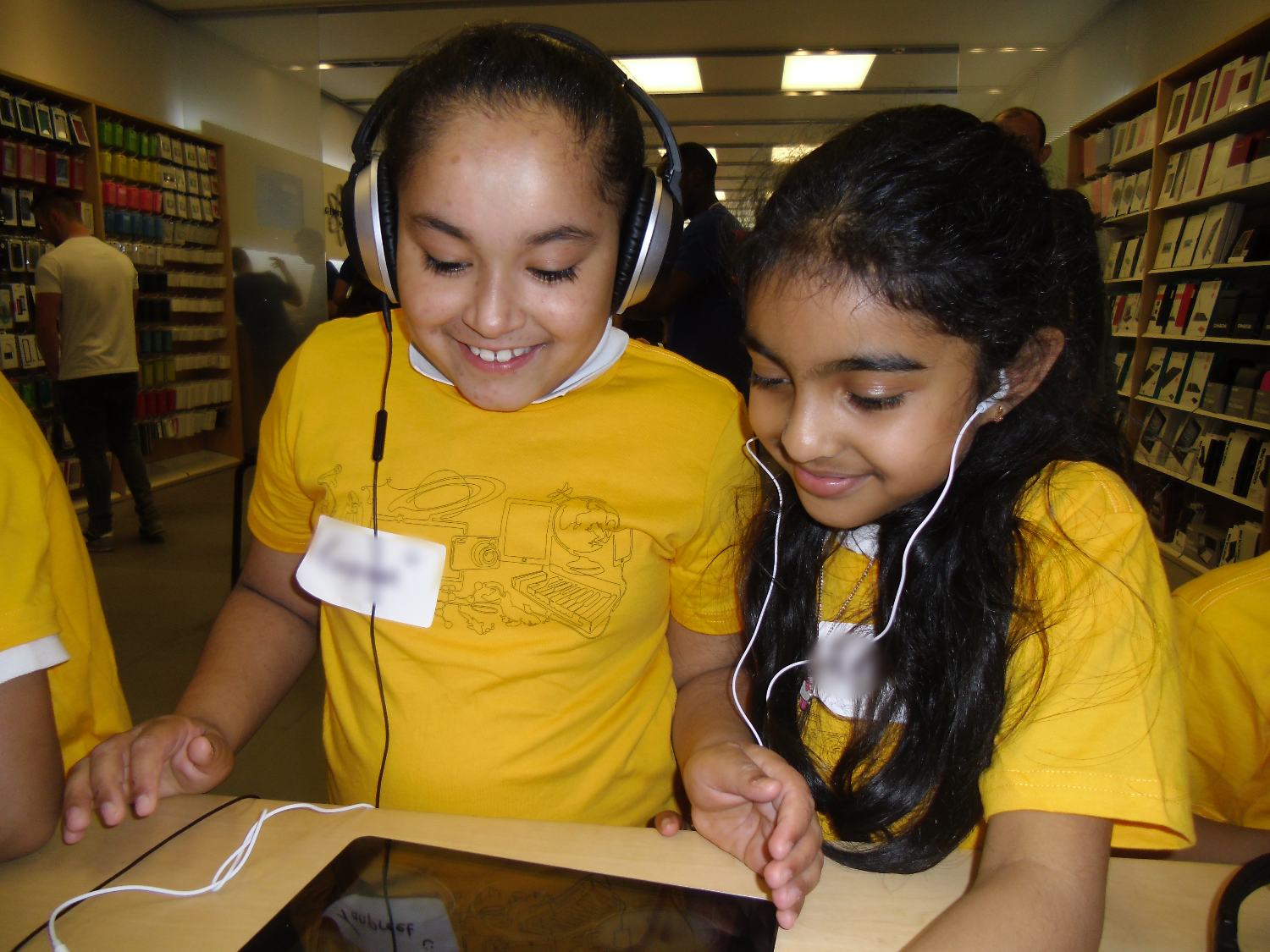 Year 4 visit to Apple Store
