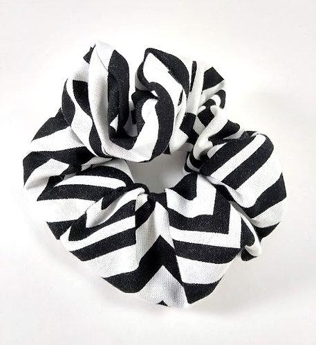 Élastique pour cheveux ''Janelle'' Chouchou, Chevron noir et blanc