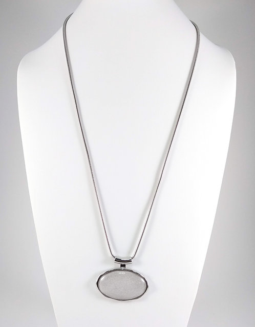 Collier long Spoutnik, Ovale blanc
