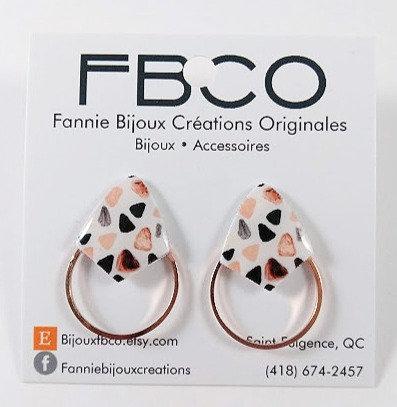 Boucles d'oreille FBCO ''Axies'' Blanc, rose saumon, gris et noir'' Or rose