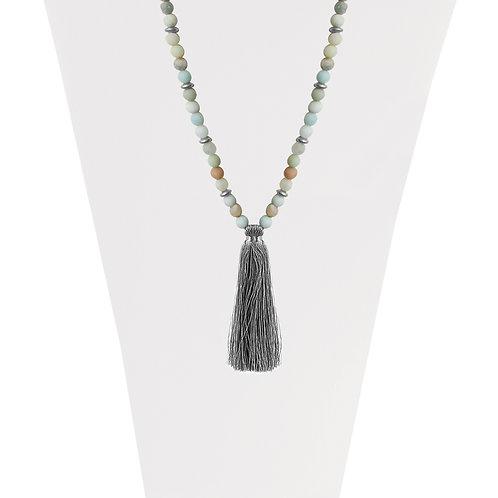 Collier long Caracol Pompon soyeux et pierre naturelle, Argent #1394-TRQ-S