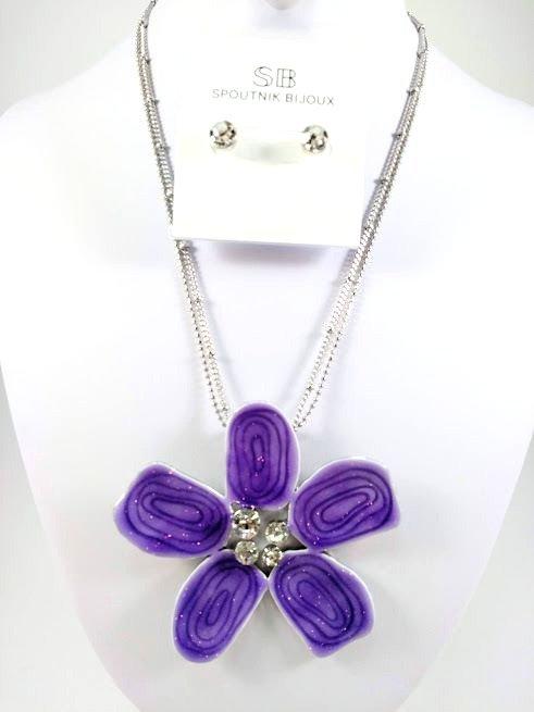 Ensemble collier et boucles d'oreille Spoutnik, Fleur mauve, centre cristal