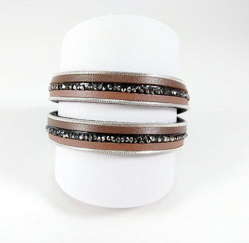 Bracelet Caracol, Bandes de cuirette, chaîne et cristaux, 2 tours, brun