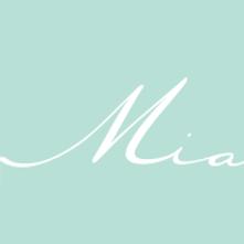 Geneviève Bilodeau Joaillière Bijou Bijoux fait à la main au Québec Canada achat local qualité acier inoxydable collier bracelet boucles d'oreilles cheville bague porte-clé signet pendentif montre Idées cadeaux réparation, création personnalisée, bijoux pour femmes, hommes et enfants acier inoxydable hypoallergène stainless steel création personnalisée, mariage, bal, évènement, tous les jours