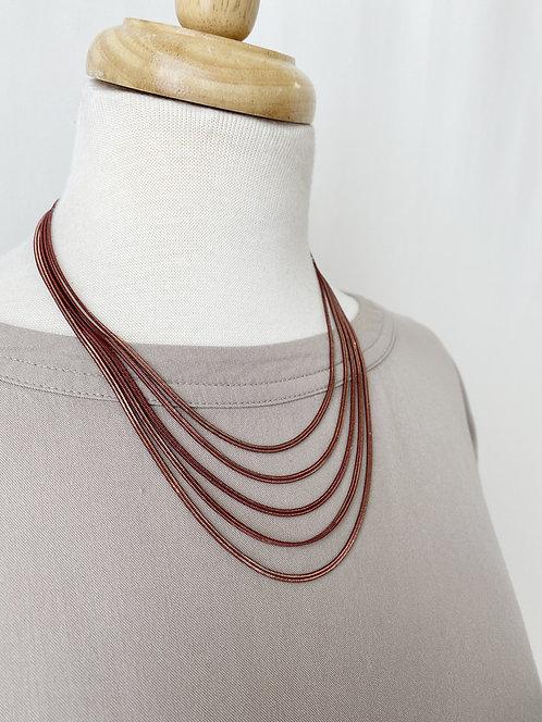 Collier Caracol, Multi-rangs de chaînes colorées, Rouge et or, 1375-RED