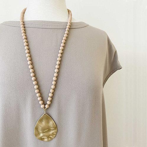Collier long Caracol, Billes de bois, pendentif goutte métal, Rose-or, 1416-PNK