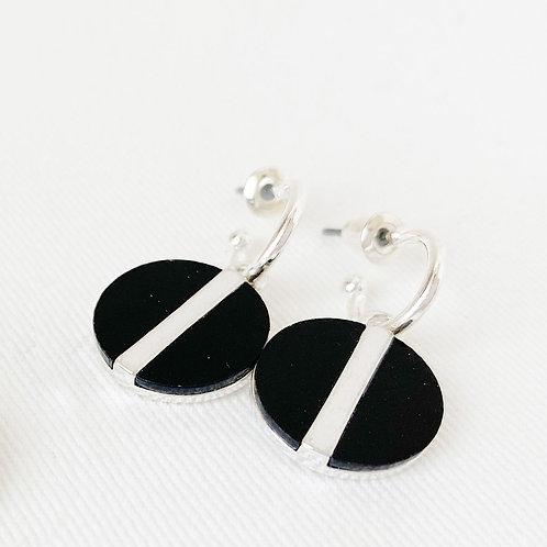 Boucles d'oreille Caracol, Résine noire, Argent, 2407-BLK-S