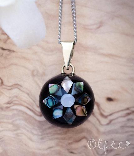 Bola Olfée: Collier de grossesse musical (#2 Fleur abalone noir)