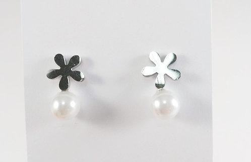 Boucles d'oreille acier inoxydable ''Fleur avec perle''