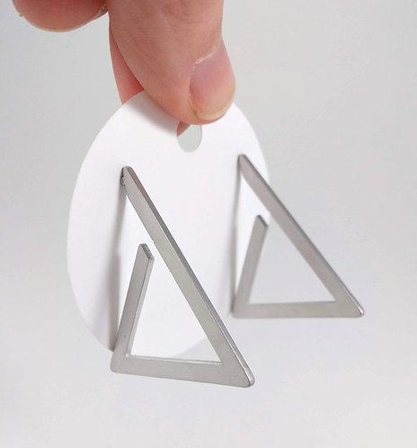 Boucles d'oreille Spoutnik, Triangle argent mat