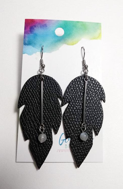 Boucles d'oreilles GB, Feuille de cuir noir, acier inox et pierre