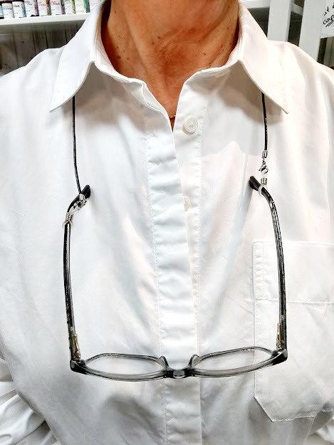 Attache à masque et à lunette: Cuir gris argenté