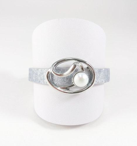 Bracelet cuirette argent, Pièce métal argent, Perle blanche