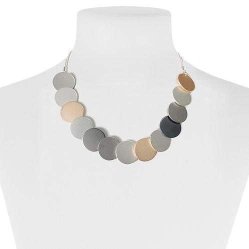 Collier court Caracol Pastilles de métal #1397-MXG