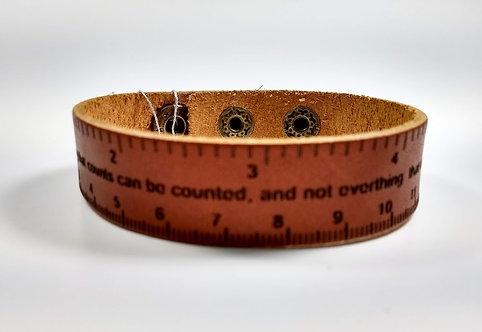 Bracelet pour Homme, cuir rouille, règle avec texte